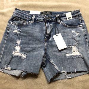 Judy blue denim distressed shorts nwt large